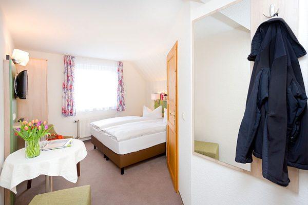 Doppelzimmer in der Ferienpension Seeblick in Neuensien bei Sellin auf Rügen