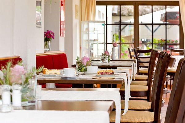 Essen gehen im Ostseebad Sellin auf Rügen – Pension Seeblick in Neuensien bei Seedorf