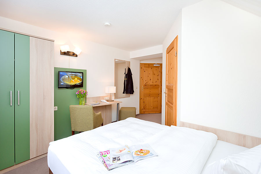 Einzelzimmer mit Seeblick buchen in der Ferienpension Seeblick im Ostseebad Sellin auf Rügen