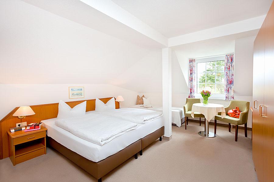 Doppelzimmer der Ferienpension Seeblick zwischen Neuensien und Seedorf auf Rügen